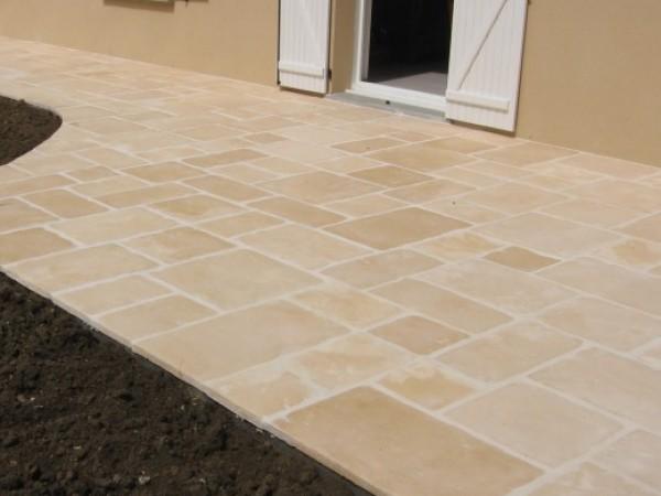 terrasse dalles excellent nettoyer terrasse beton. Black Bedroom Furniture Sets. Home Design Ideas